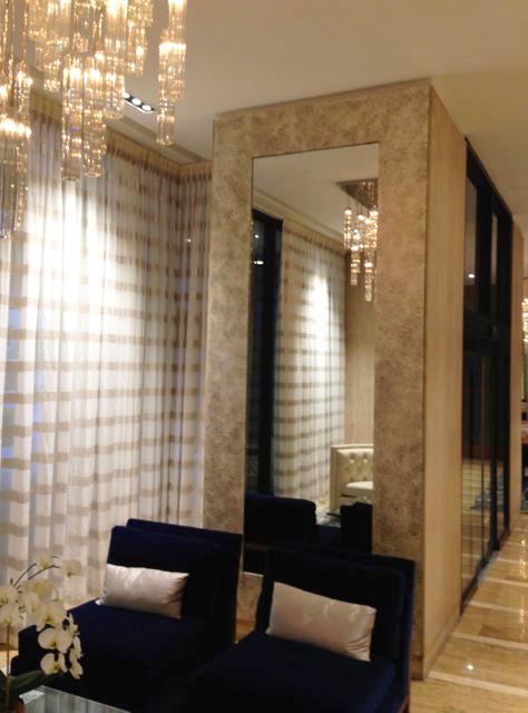 Lobby Mirror W 58